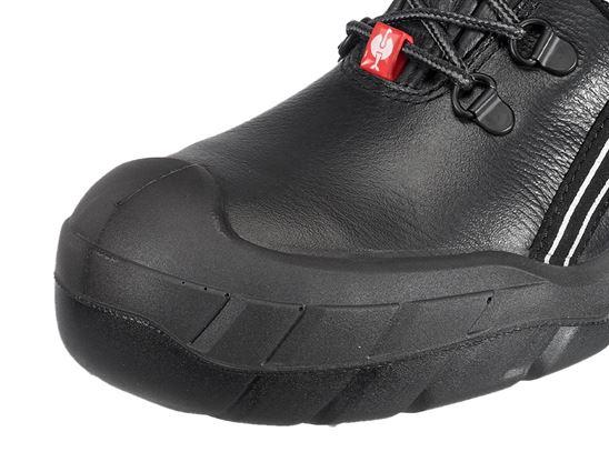 S3: e.s. S3 Bezpečnostní obuv Canopus + černá 2