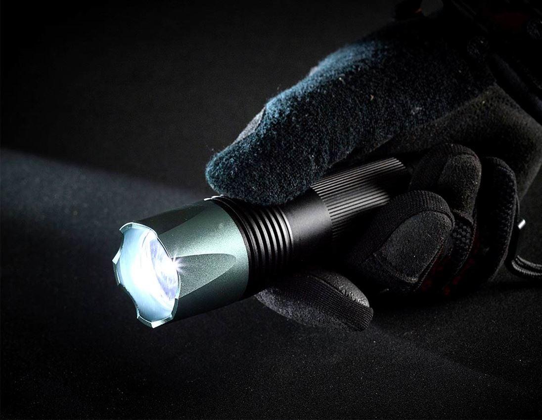 Světla | svítilny: e.s. Kapesní svítilna LED na baterie FL5